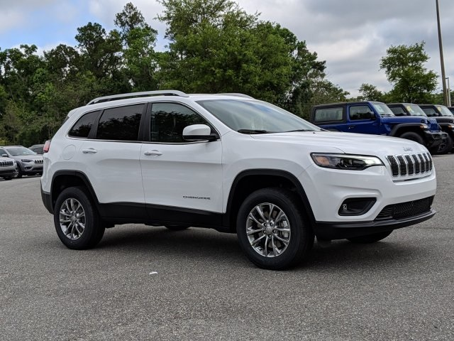 Pre-Owned 2019 Jeep Cherokee Latitude Plus