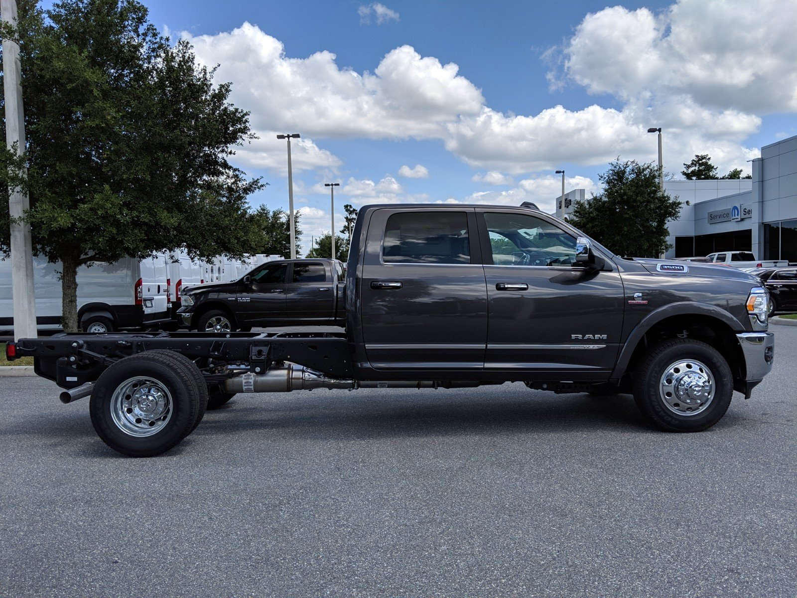 New 2019 RAM 3500 Chassis Cab Limited